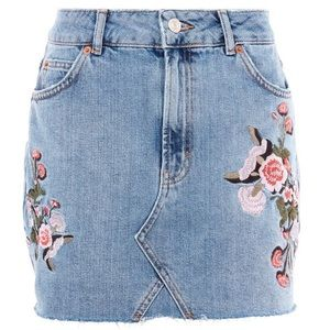 Topshop embroidered Jean skirt size 8 US